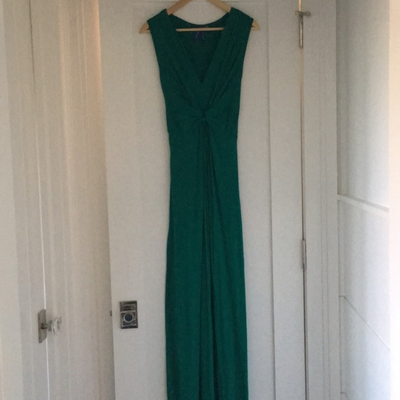 Seraphine maternity full length gown in green